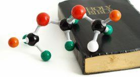 المعرفة الدينية الجوفاء.. أولى مقدمات الإلحاد!