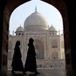 مكانة المرأة في الإسلام.. حقائق تكذب الادعاءات!